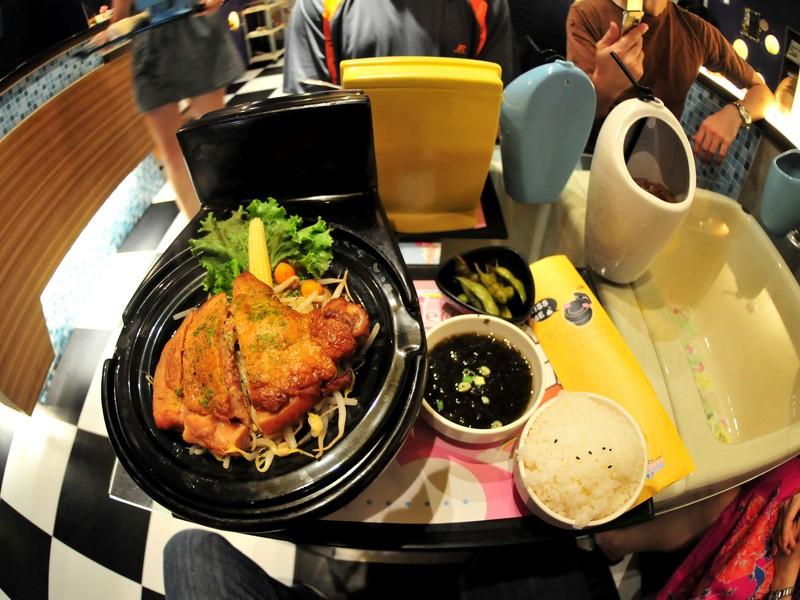Тематический ресторан Modern Toilet на Тайване / Тайвань