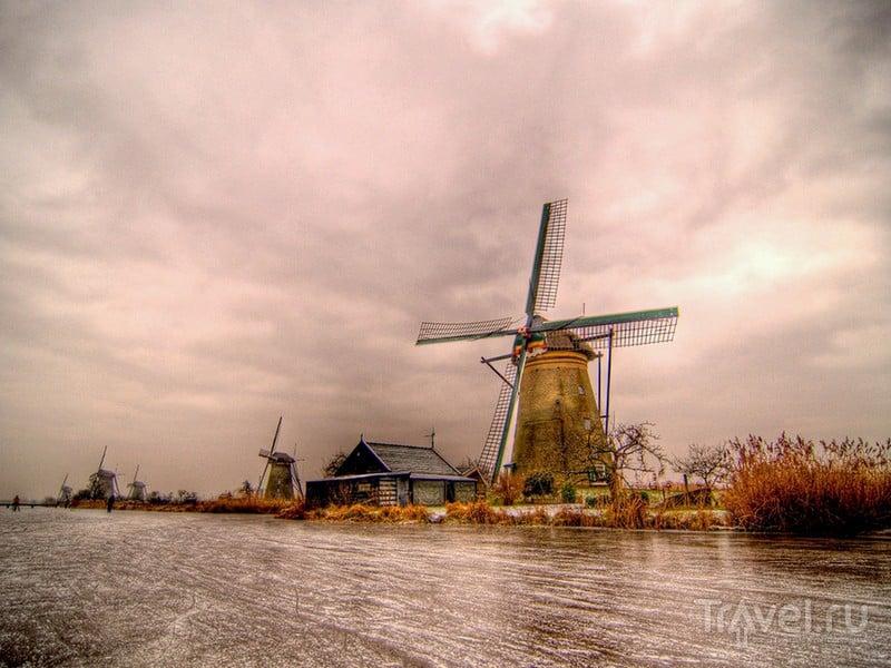 Деревня Киндердейк - одна из популярных туристических достопримечательностей Южной Голландии / Нидерланды