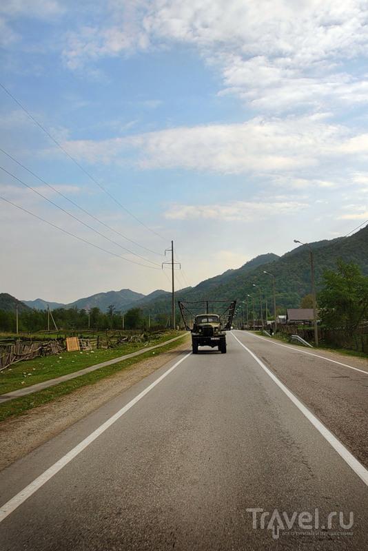 На Военно-Сухумской дороге в Карачаево-Черкесии, Россия / Фото из России