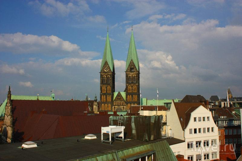 Вид с террасы Atlantinc Grand Hotel в городе Бремен, Германия / Фото из Германии