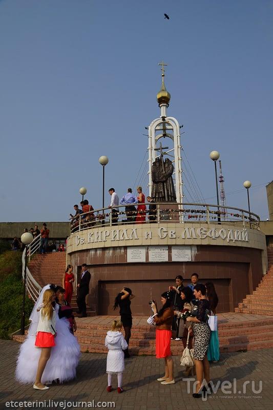 Часовня и памятник Кириллу и Мефодию во Владивостоке, Россия / Фото из России