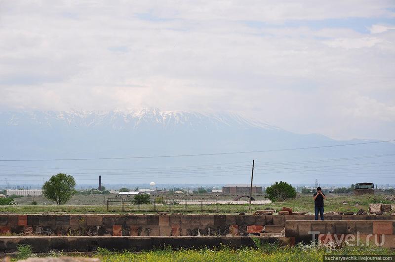 Разумеется, патриарх мог видеть из окон своего дворца гору Арарат / Армения