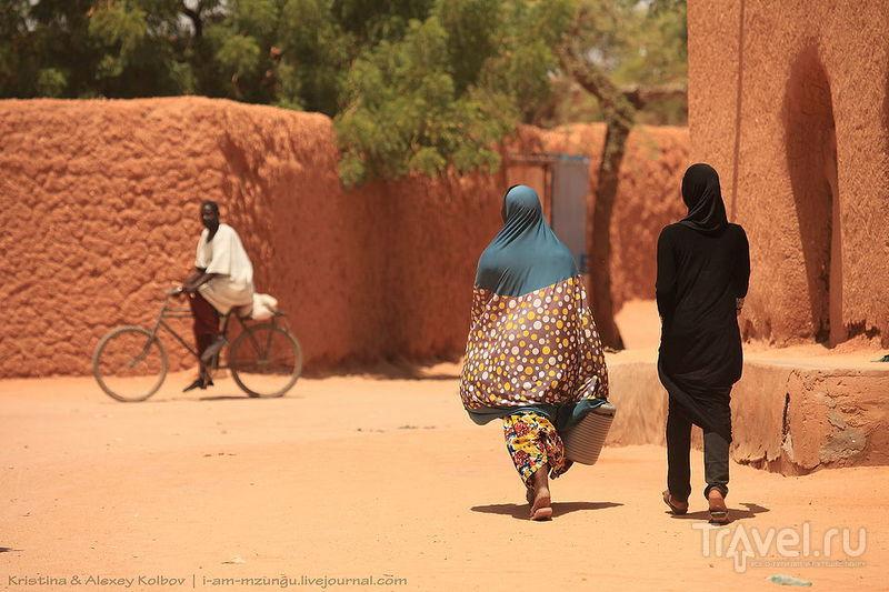 Нигер: Театр посреди Сахары. Ингол - Агадес / Нигер