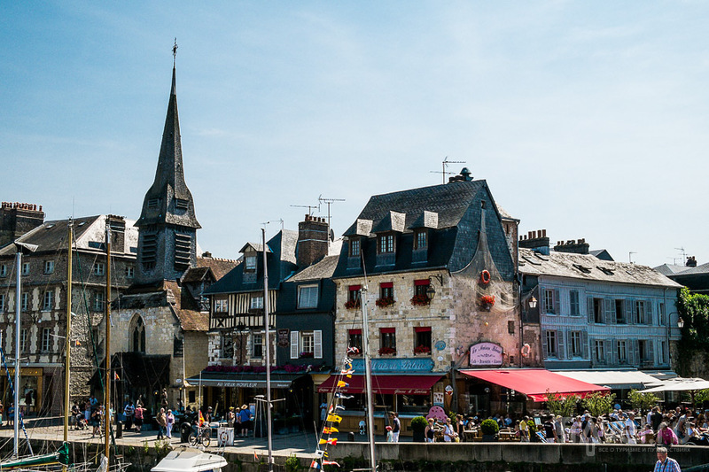 Церковь Сен-Этьен в Онфлере, Франция / Фото из Франции