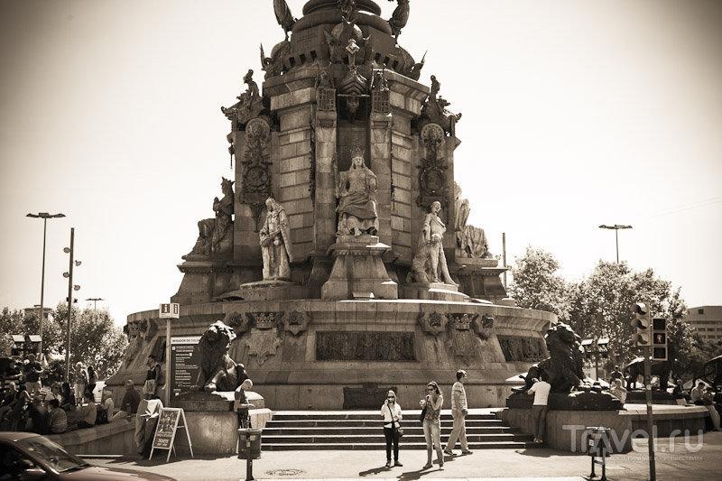 На площади Колумба в Барселоне, Испания / Фото из Испании