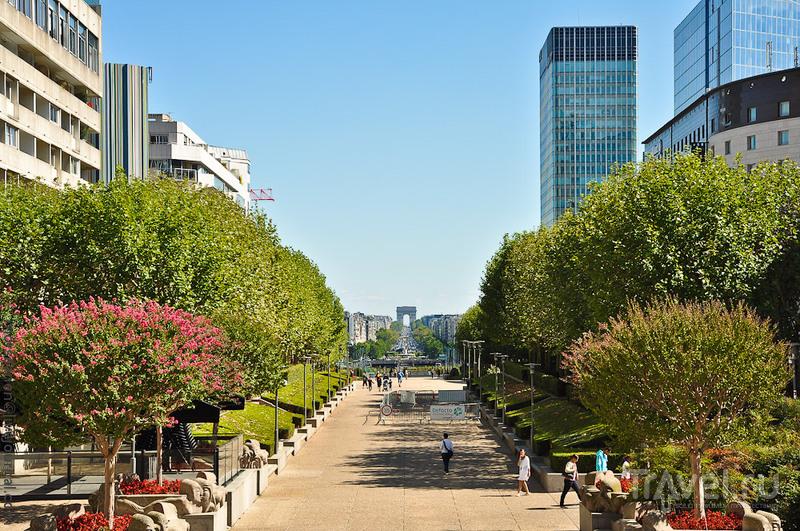 Дефанс - небоскребный fun / Фото из Франции