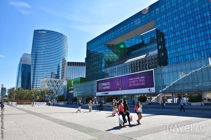 Centre commercial des quatre temps в Париже, Франция / Фото из Франции