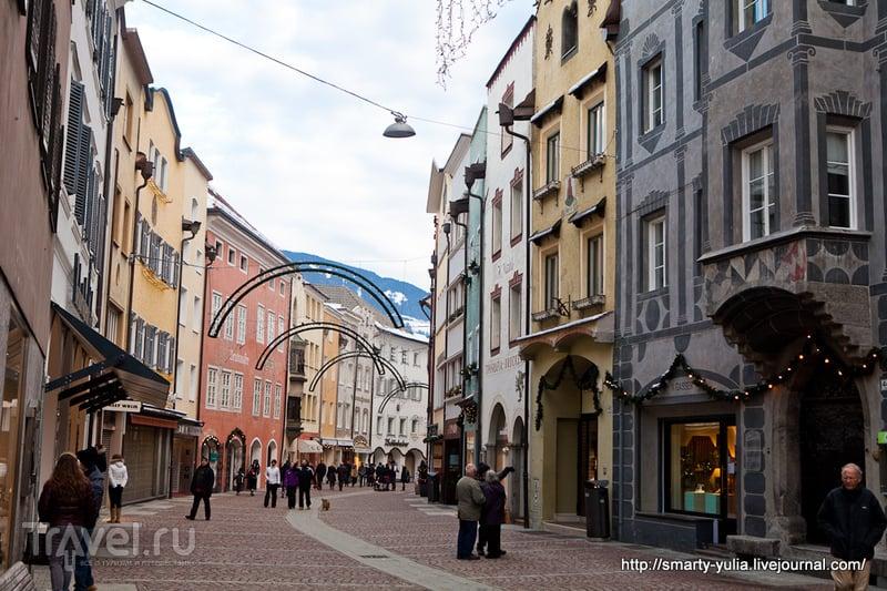 Италия: живописный Брунико (Bruneck, Brunico) / Италия
