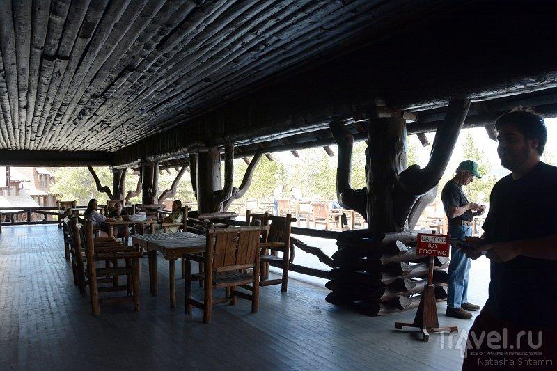 Old Faithful Inn - необычный отель в Йеллоустоун парке