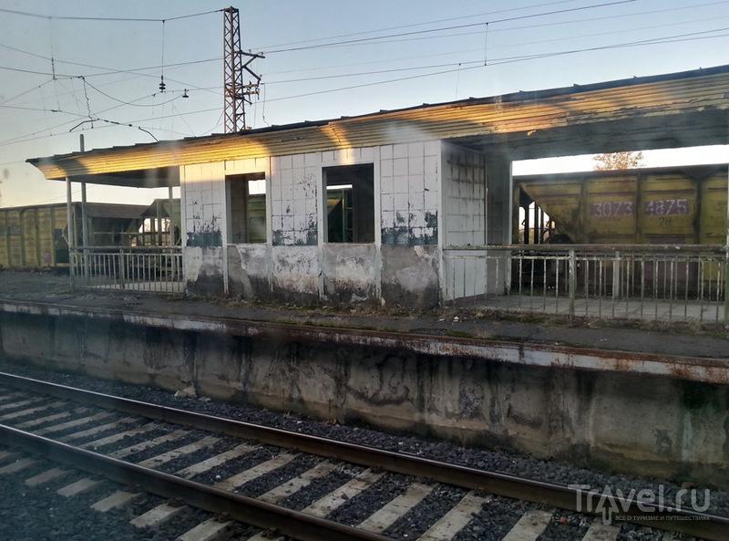 Грузинские поезда и провинциальные ЖД-станции / Грузия