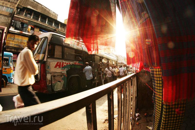 Вечернее солнце на MG Road / Индия