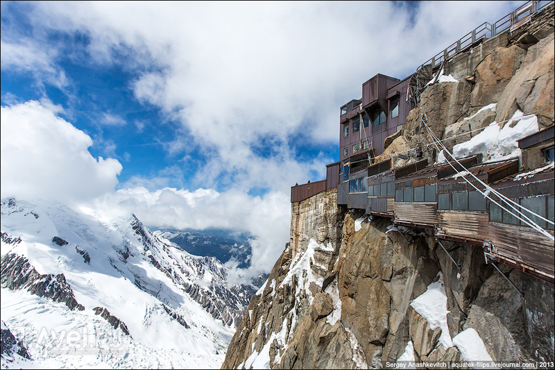 Вершина Aiguille Du Midi. 3842 метра над уровнем моря