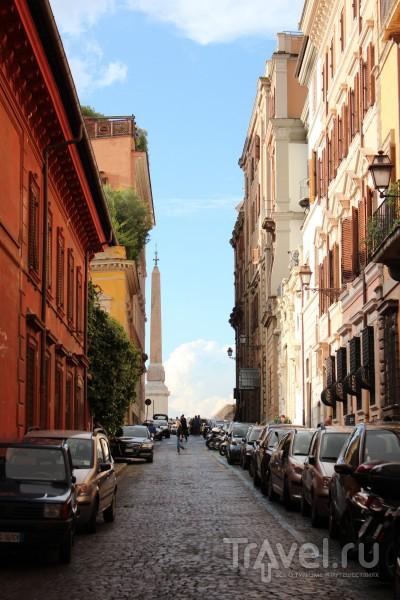 Улица, которая ведет к площади Испании / Ватикан