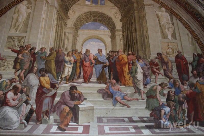 """Станцы Рафаэля - """"Афинская школа"""". В центре Платон с Аристотелем / Ватикан"""