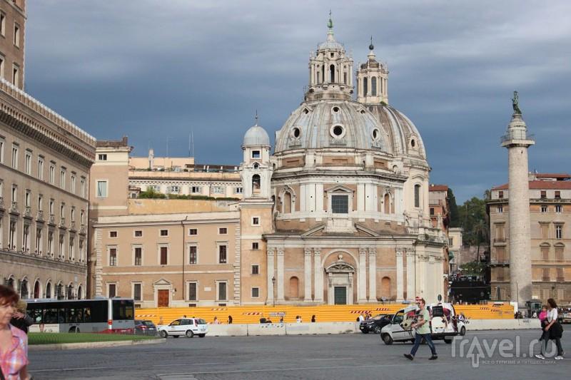 Очередная базилика на площади Венеции / Ватикан
