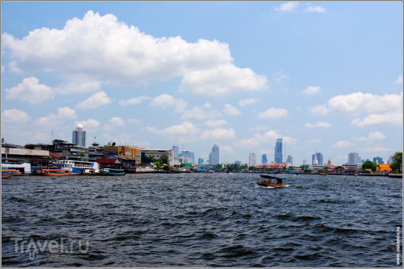 С палубы парома открывались симпатичные виды на город / Таиланд