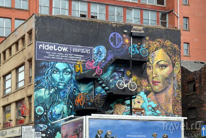 Оформление фасадов зданий в районе Nothern Quarter в Манчестере, Великобритания / Фото из Великобритании