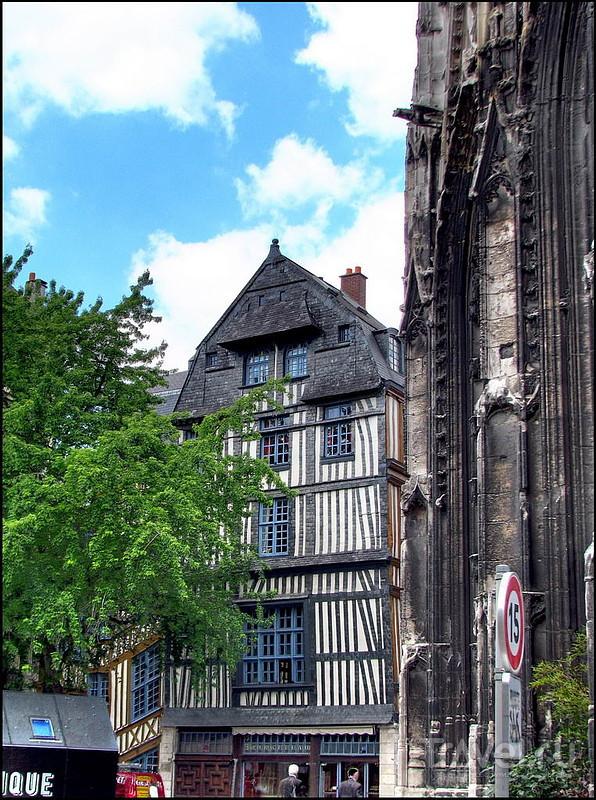 В городе Руан, Франция / Фото из Франции