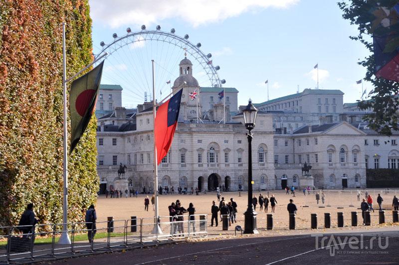 Казармы конной гвардии Хорс-Гардс (Horse Guards) в Лондоне, Великобритания / Фото из Великобритании