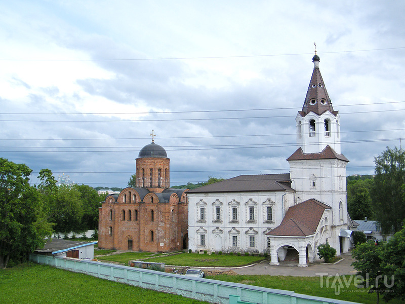 Церковь Петра и Павла и церковь Святой Варвары в Смоленске, Россия / Фото из России