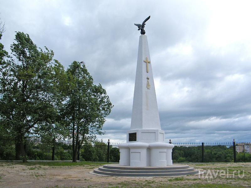 Памятник пехотному Софийскому полку в Смоленске, Россия / Фото из России