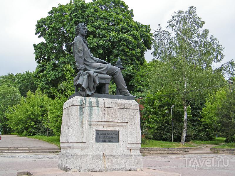 Памятник скульптору Михаилу Микешину в Смоленске, Россия / Фото из России