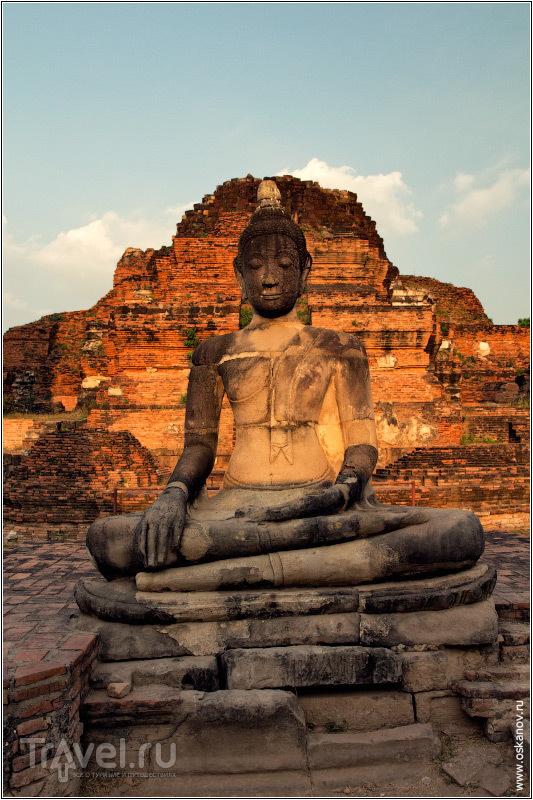 Одна из неплохо сохранившихся статуй / Фото из Таиланда