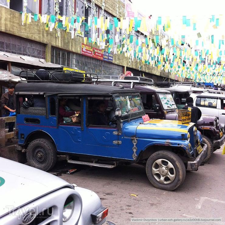 Так выглядит 11-местный shared jeep / Индия