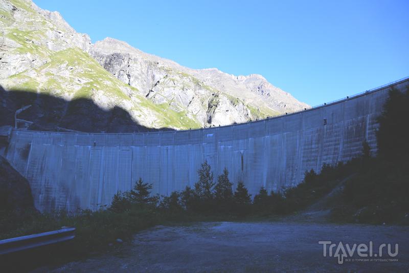Дамба Мовуазен, Швейцария / Фото из Швейцарии