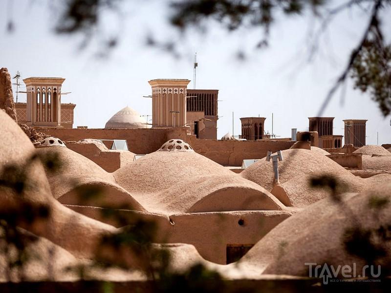Для прогулки по историческому центру Йезда лучше нанять местного гида, Иран / Иран