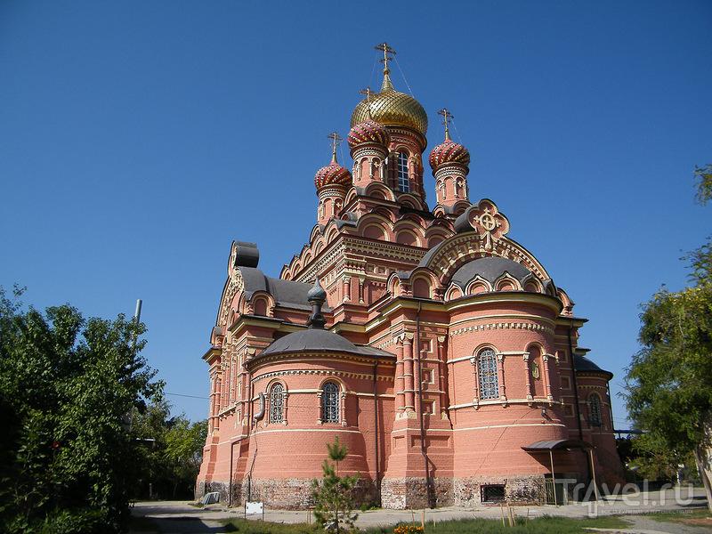 Иоанно-Предтеченский монастырь в Астрахани, Россия / Фото из России