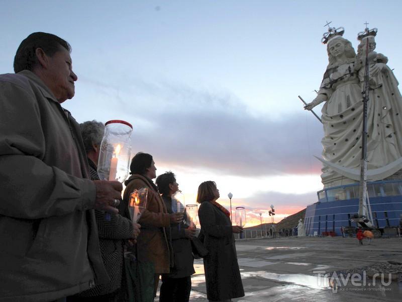 Официальное открытие статуи Богоматери состоялось в январе 2013 года, Боливия  / Боливия
