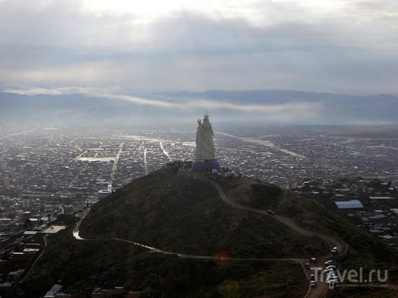 Строительство скульптуры Богоматери заняло четыре года, Боливия / Боливия