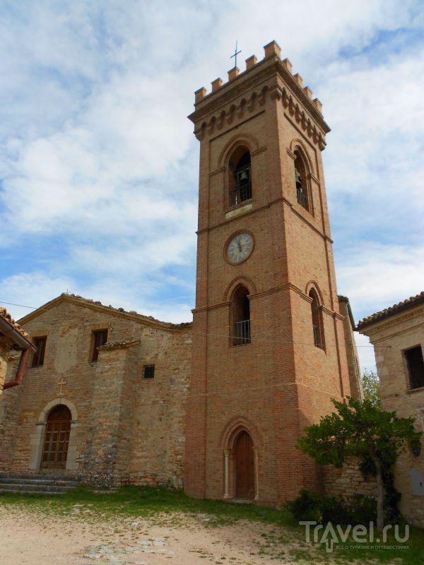 Церковь Святого Павла в окрестностях Сан-Джинезио, Италия / Фото из Италии