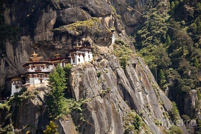 Бутан. Гнездо Тигрицы