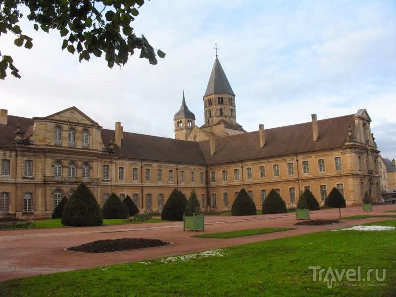 Праздник Божоле Нуво и аббатство Клюни / Франция