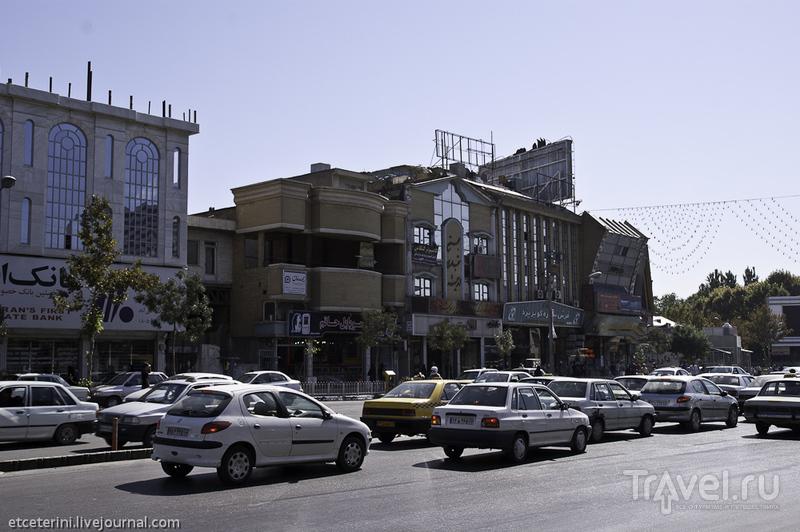Улица Ахмадабад в Мешхеде, Иран / Фото из Ирана