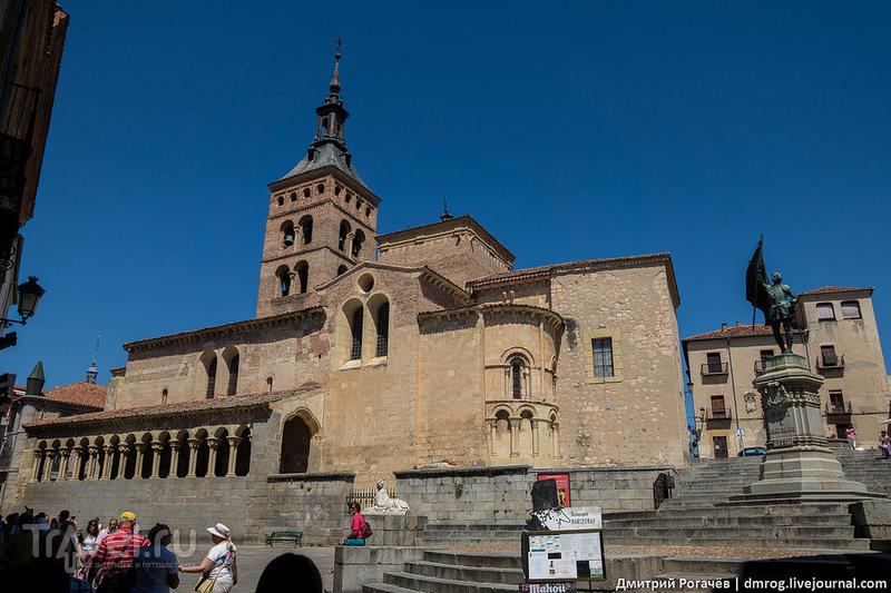 Церковь Сан-Мартин в Сеговии, Испания / Фото из Испании
