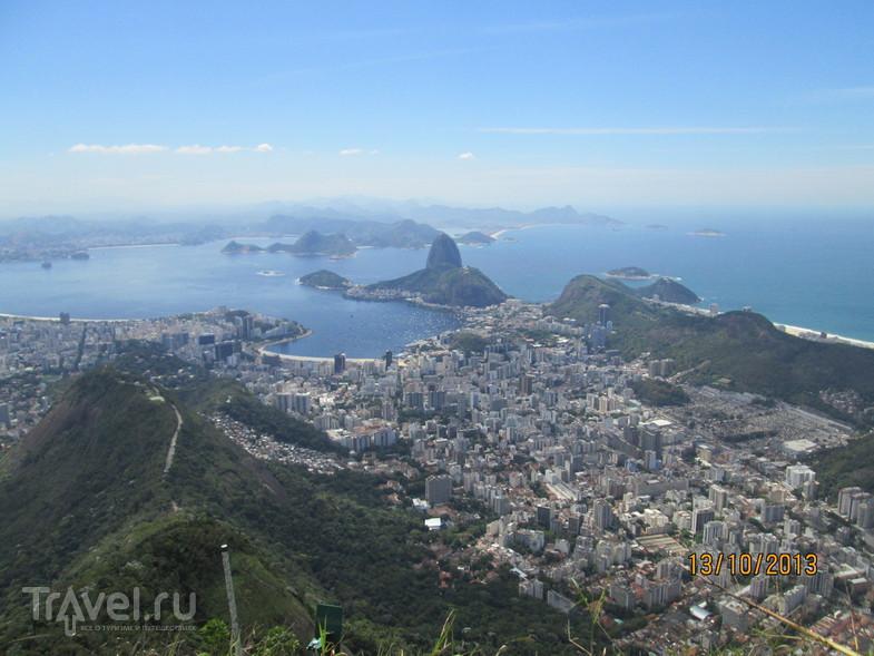 Рио-де-Жанейро. Статуя Христа на горе Корковадо / Бразилия