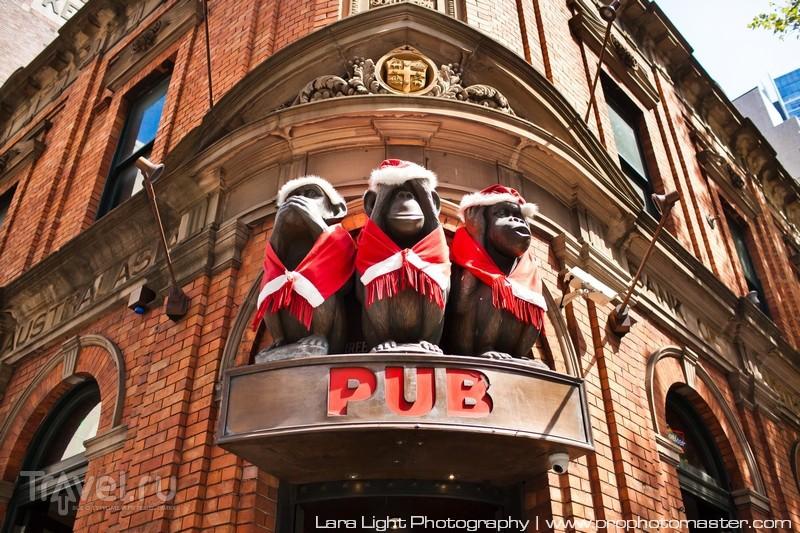 """Паб """"Три мудрые обезьяны"""" на пересечении George Street и Liverpool Street в Сиднее, Австралия / Фото из Австралии"""