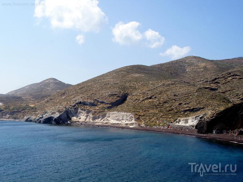 Пляж в Акротири на острове Санторин, Греция / Фото из Греции