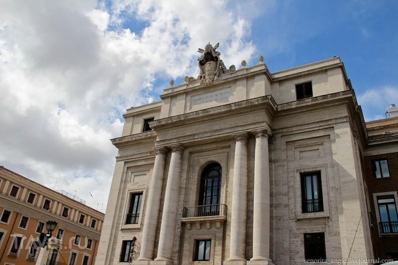 Piazza Pia в Риме, Италия / Фото из Италии