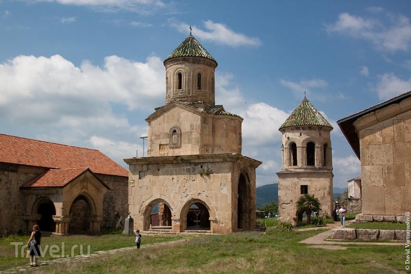 Окрестности Кутаиси. Гелатский монастырь / Грузия