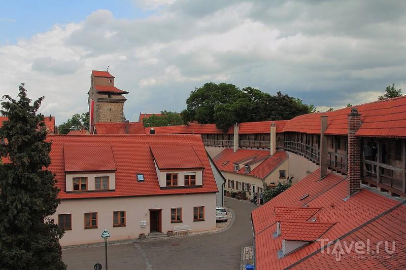 Нёрдлинген - маленький красавец. Город в кратере / Фото из Германии