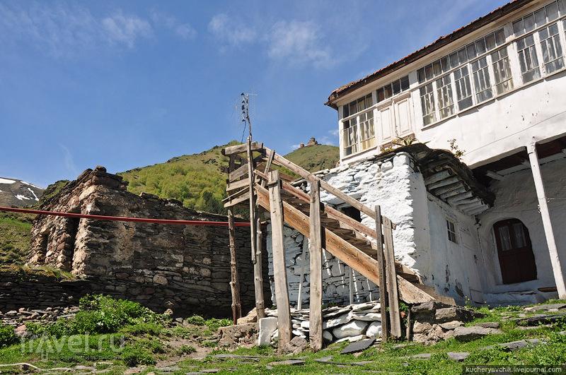 Гора Казбек, посёлки Степанцминда и Гергети / Фото из Грузии