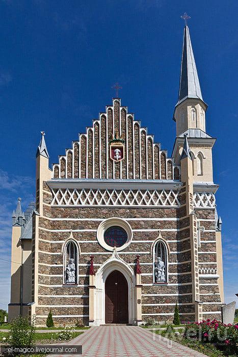 Костел Святого Петра и Павла в селе Рожанка, Белоруссия / Фото из Белоруссии