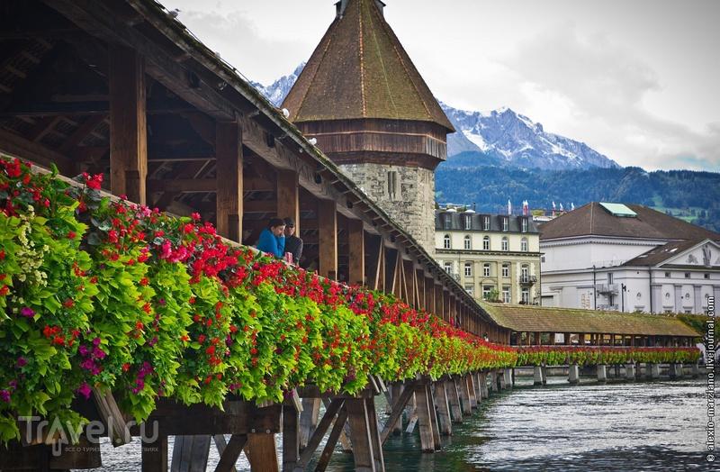 Башня Вассертурм (водонапорная башня) в Люцерне, Швейцария / Фото из Швейцарии