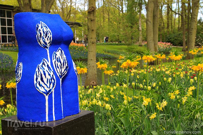 Голландия, Кекенкоф - статуи и ландшафтный дизайн / Фото из Нидерландов