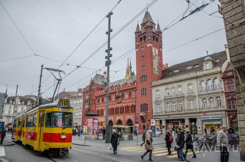Трамвай на Марктплац / Фото из Швейцарии