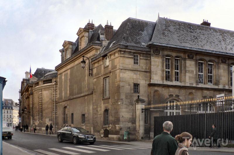 Дом д'Эгильонов - Малый Люксембург со стороны улицы Вожирар
